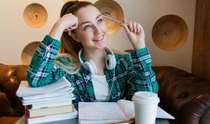 Essay writer for scholarship