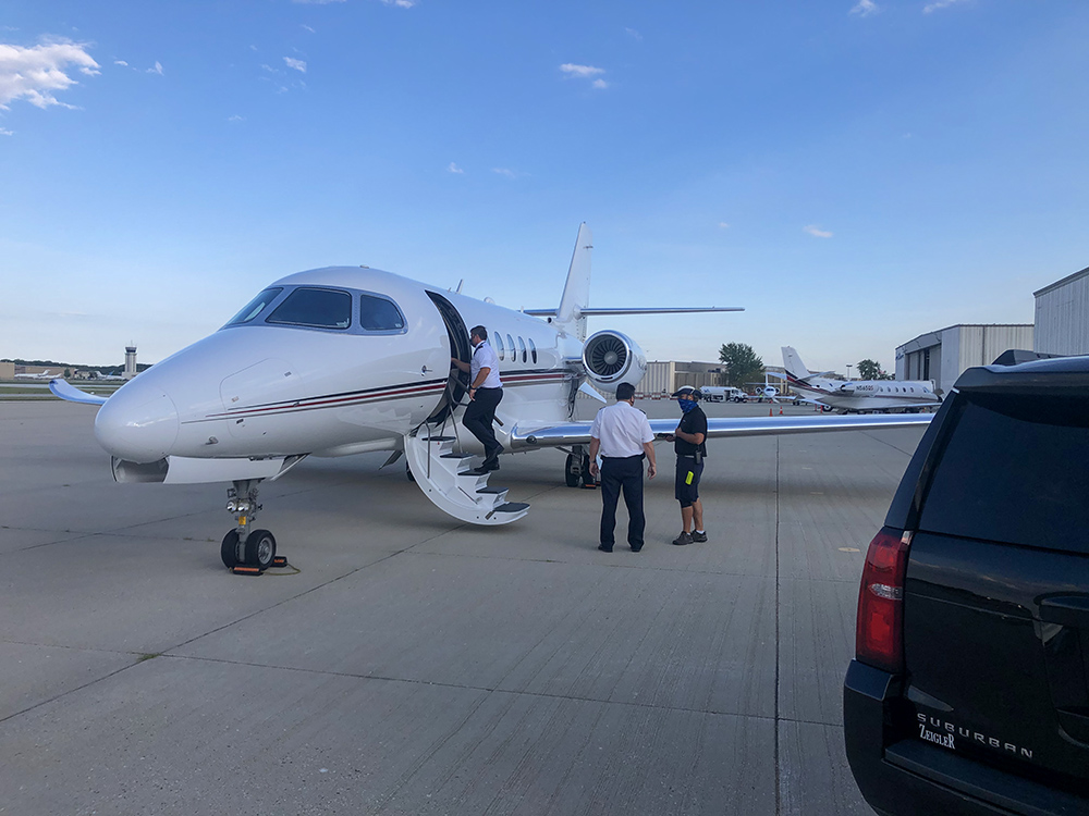 limousine for chicago private jets
