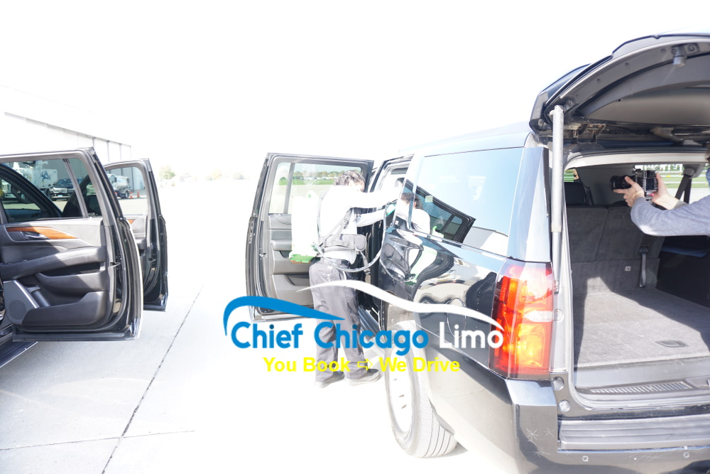electrostatic-spraying-disinfection-on-limos-in-chicago