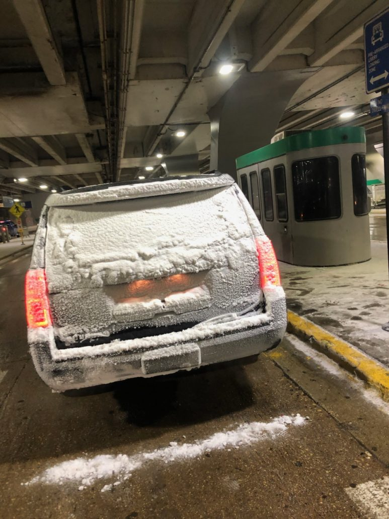 Snowstorm-suv-limo-service